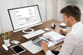 Benefits of becoming an accountant